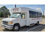 Lot: V05-3301 - 2000 Ford E450 Shuttle Bus