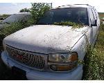 Lot: 22 - 83788 - 2001 GMC YUKON 4D SUV - KEY