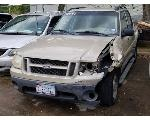 Lot: 3 - 2004 Ford Explorer SUV - Key / Runs & Drives