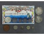 Lot: 7821 - LIBERTY HALF & FOREIGN COINS
