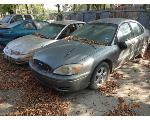 Lot: 12 - 2005 Ford Taurus