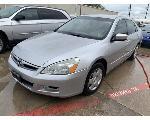 Lot: 9 - 2006 Honda Accord - KEY / STARTED & RAN