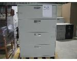 Lot: 38 - Lateral file cabinet