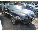 Lot: 714 - 1999 LINCOLN TOWN CAR - NON-REPAIRABLE