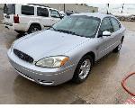 Lot: 11 - 2004 Ford Taurus