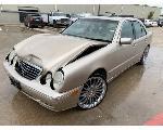 Lot: 18 - 2000 Mercedes-Benz E400