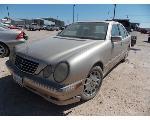 Lot: 24 - 2001 Mercedes-Benz E320