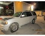 Lot: 12 - 2006 FORD EXPEDITION 4X4 SUV - KEY / STARTED