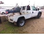 Lot: 09-50129 - 2006 Ford F-450 Tow Truck - Key / Started
