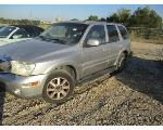 Lot: P11-178694 - 2005 BUICK RAINIER CXL SUV