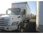 Lot: P29-S53727 - 2015 HINO CONVENTIONAL TYPE TRUCK KEY / STARTS & DRIVES, LIFT WORKS