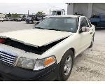 Lot: 55057 - 2006 FORD CROWN VIC - KEY / RUNS & DRIVES