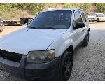 Lot: 55111 - 2005 FORD ESCAPE SUV - KEY / RUNS & DRIVES