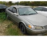 Lot: 10 - 1998 TOYOTA CAMRY