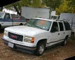 Lot: 15 - 1999 GMC SUBURBAN SUV