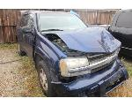 Lot: 12 - 2004 CHEVY TRAILBLAZER SUV - KEY
