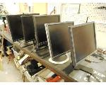 Lot: 3364 - (5) MONITORS