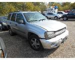 Lot: B 10 - 2005 CHEVY TRAILBLAZER SUV - KEY / STARTED