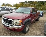 Lot: B 28 - 2004 GMC SIERRA PICKUP - KEY / STARTED