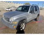 Lot: 5 - 2005 Jeep Liberty SUV - Key / Started & Drove
