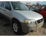 Lot: 20-688163C - 2005 FORD ESCAPE SUV