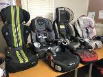 Lot: 611 - LOT OF BABY SEATS