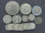 Lot: 1321 - IKE DOLLAR, KENNEDY HALVES, QUARTERS & DIMES