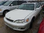 Lot: 16-168959 - 2000 Lexus ES 300