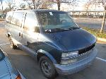 Lot: 19-2910  - 2000 CHEVROLET ASTRO VAN