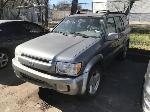Lot: 2 - 2003 Infinity QX4 SUV - Key / Runs