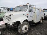Lot: 101-Equip#SAN012009 - 2001 Internatinal 4700 Service Truck - Key