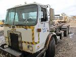 Lot: 118-Equip#SAN033026 - 2003 Autocar WX64 Roll-Off Truck - Key