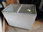 Lot: 8 - Ice Cream Freezer