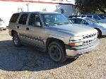 Lot: B 29 - 2002 CHEVY TAHOE SUV - KEY / STARTED