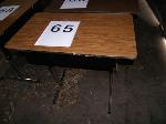 Lot: 65-69 - (5) CLASSROOM DESKS