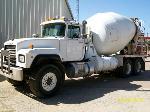 Lot: V105 - 1998 Mack RD690S Concrete Mix - Key