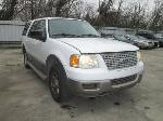Lot: 09 - 2003 Ford Expedition SUV - Key / Started