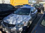 Lot: 4 - 2011 Nissan Altima