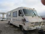Lot: G 32-321968 - 1983 PACE ARROW MOTORHOME