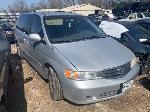 Lot: 1790 - 2003 Honda Odyssey Van - Key / Runs & Drives