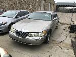 Lot: 3 - 1999 Lincoln Town Car