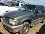 Lot: 05-700356C - 2001 MERCURY MOUNTAINEER SUV