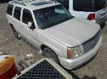 Lot: B 45 - 2003 CADILLAC ESCALADE SUV - KEY / STARTED