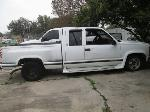 Lot: 07 - 1997 Chevy Silverado Stepside Pickup - Key