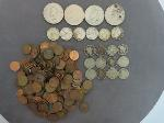 Lot: 1492 - IKE DOLLARS, QUARTERS, V NICKELS & PENNIES