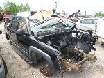 Lot: 335 - 2001 CHEVROLET SUBURBAN SUV - NON-REPAIRABLE