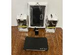 Lot: 805 - CELL PHONE MOUNTS, CASES, LIGHTER