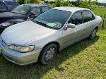 Lot: 4 - 1998 HONDA ACCORD  - KEY / RUNS & DRIVES