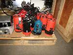 Lot: 05 - Lab Equipment & Underwater Strobes