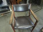 Lot: 23 - (4) Chairs